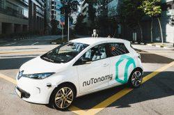 taxi guida autonoma