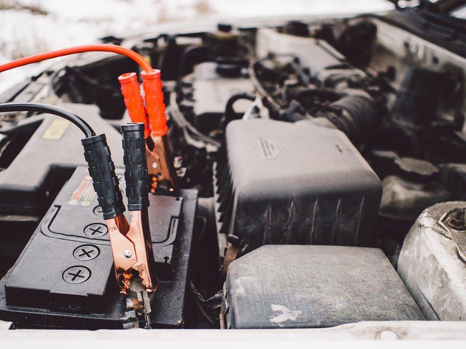spingere auto batteria